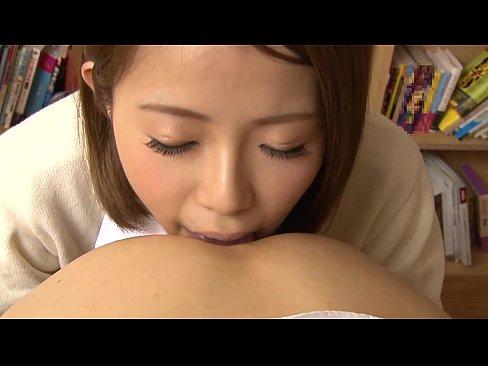 女子校生が図書館で舐めまくりのハメ撮りセックス()