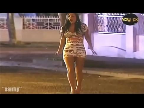 Carmen Villalobos Sexy Walk!¡¡¡Carmen Villalobos Caminando Sexy!!!