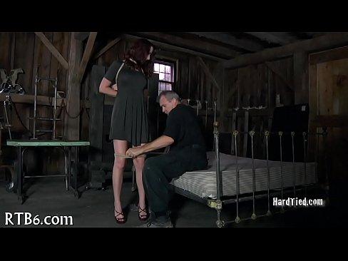 Секс фото Goldie Ortiz, скачущей на члене