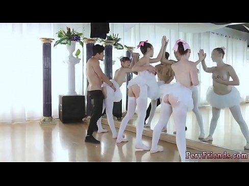 Download video porno College orgy orgasm Ballerinas