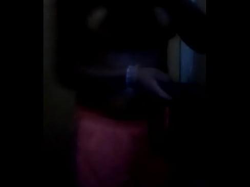 chica desnudándose para mi