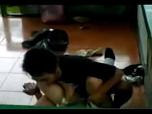 cover video ngintip jilbab  sma ketauan mesum um um um