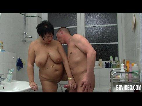 Щелка толстожопая мамка порно смотреть