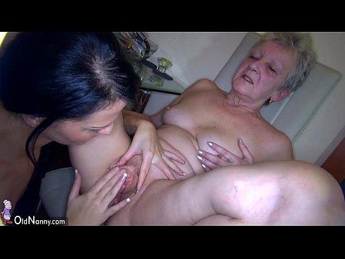 Mature girls sex pics