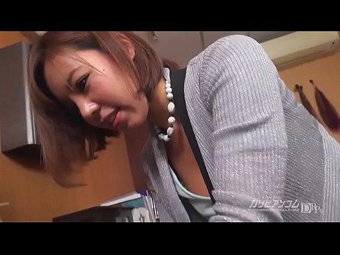 XVIDEO ワーキングおっぱい過失乳 ~美容師編~