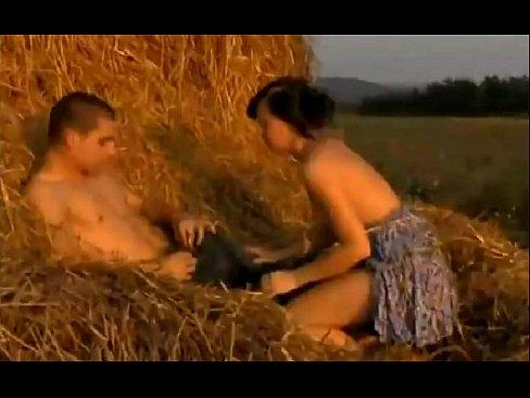 Немки на природе на сеновале видео порно онлайн