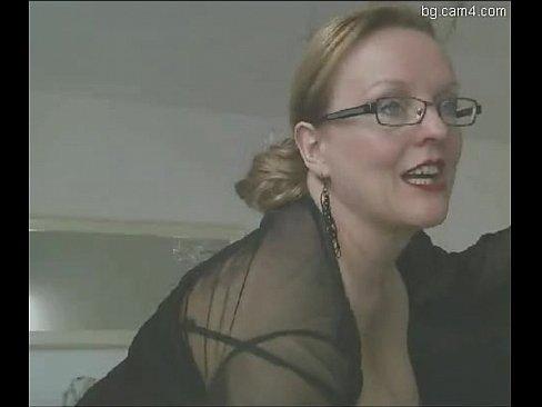 Порно большие попки в платьях фото