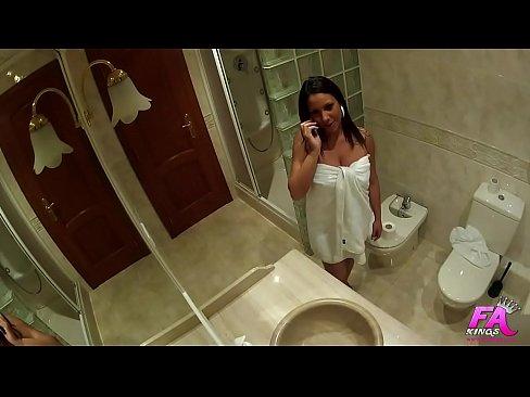 My parents aren't home and I fuck the plumber. Hi, dearsss… I'm marta Sanz. xnxx indian mobile 3gp xxx porn videos