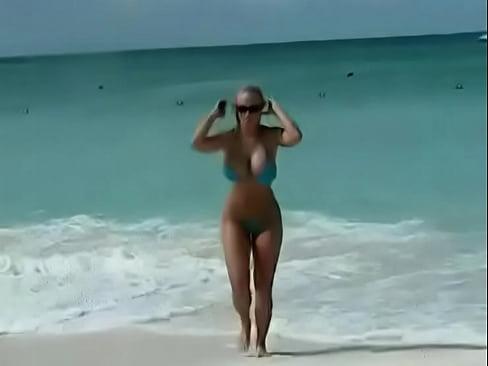 Attractive Nassau Bahamas Nude Beach Pictures
