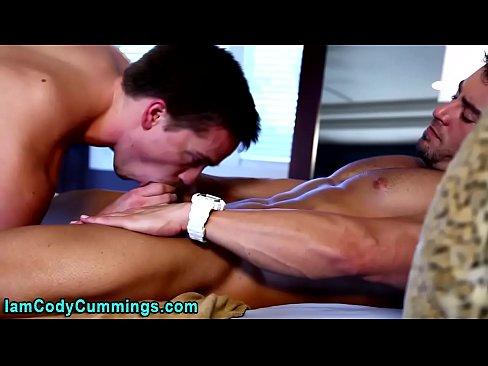 Cody Cummings Spurts Jizz