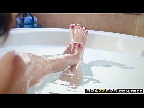 Brazzers – Milfs Like it Big –  Never Interrupt Mommy Time scene starring Alana Cruise and Jake Adam