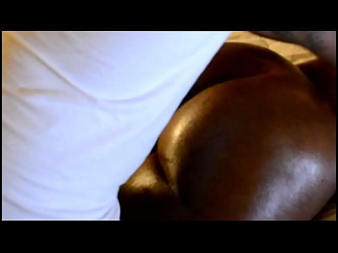 Filme Porno Xxx Cu O Negresa Fututa Pe La Spate