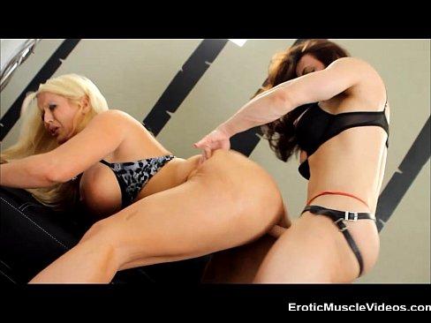 Lesbian Fuck Fest - XVIDEOS.COM