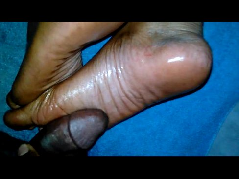 Cum on ebony soles