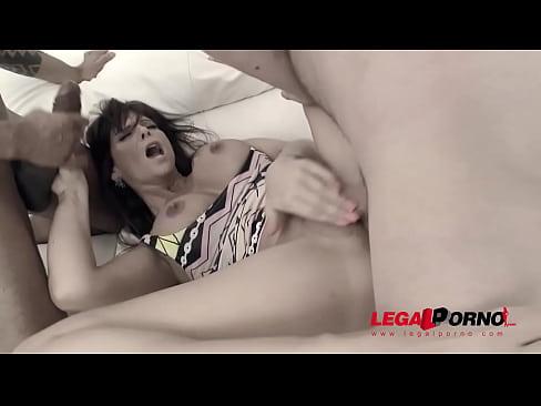 Milf anal cum shots