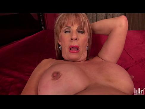 Rae hart mature with huge dildo