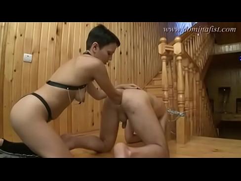 fisting-ruka-po-plecho-v-anuse-popa-porno