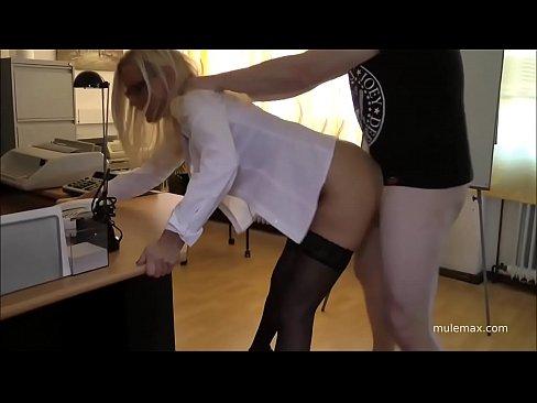 Filme Porno Romanesti Cand Doamnele Mature Blonde Sunt Futute Capra Din Picioare