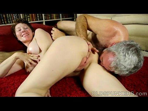 Coroa Safada Aparece Em Video Porno Fodendo Muito Darling Dana