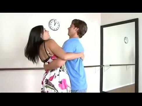 Xvideo mom