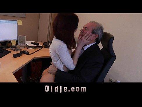 много фото порно в офисе