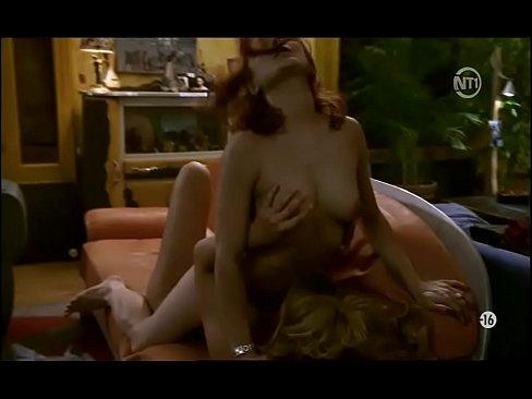 Public butt plug porn