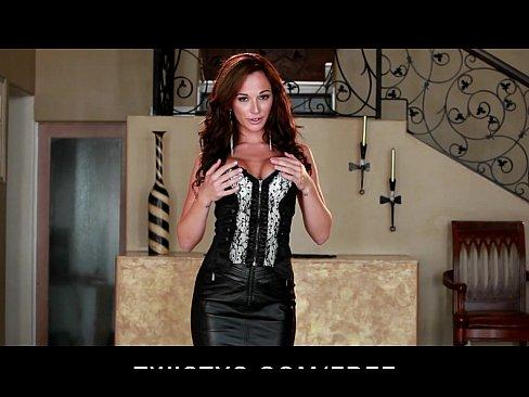 HOT big-tit redhead Destiny Dixon fingers her pink pussyXXX Sex Videos 3gp