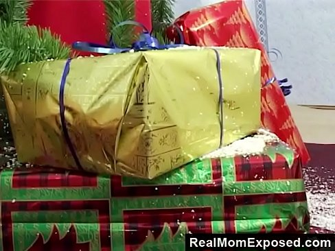 realmomexposed - a gift like every men want for christmas