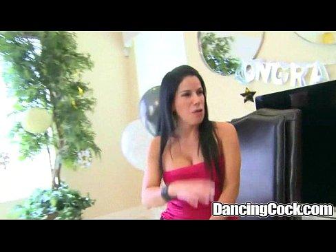 girlfriend-dancingcock-cumshots-from-long-dick