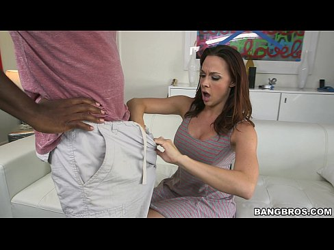 Chanel Preston Tries to Deepthroat Mandingo