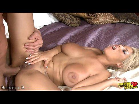 bridgette b sucking tranny dick -