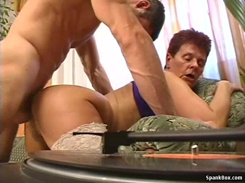Hairy pussy granny porn