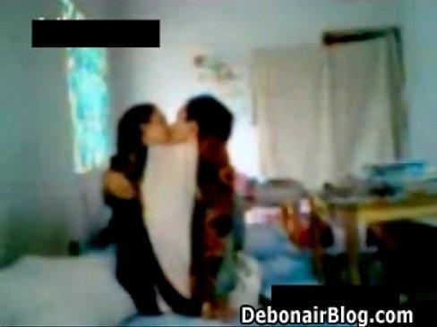 Horny couples fuck in hidden cam - XVIDEOS COM