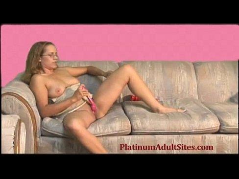 seks-sosedkoy-videoroliki-skvirt-hhh-foto