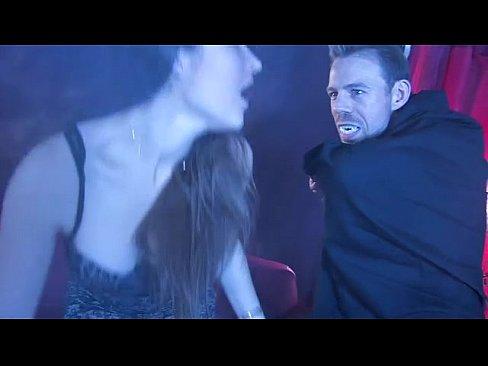 cover video fucking dracula