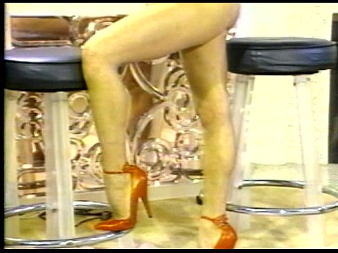 ebat-kverh-nogami